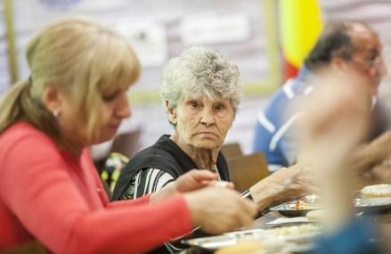 În Olanda s-ar putea să fi apărut primele semne ale unei crize globale a pensiilor. Dobânzile ultramici cu care băncile centrale încearcă să repornească economiile creează haos în industria fondurilor de pensii
