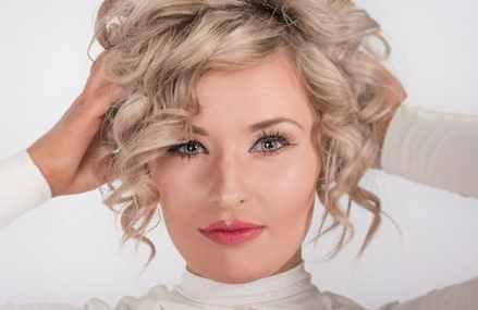 Tratament facial CatioLift de la Mary Cohr