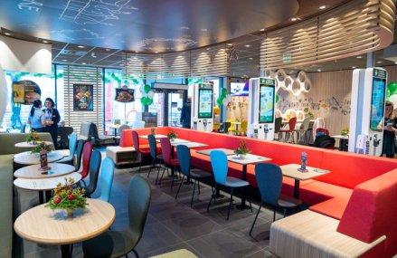 McDonald's a ajuns la o reţea de 82 de restaurante pe piaţa locală după ce a inaugurat cel mai recent restaurant din Capitală