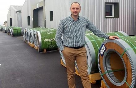Arhitectul Ilarion Ursu a făcut afaceri de 28,5 mil. lei în 2019 cu fabrica de acoperişuri RoofArt din Covasna. Compania vinde produse atât în România, cât şi în străinătate, în ţări precum Marea Britanie, Irlanda, Germania, Ungaria, Slovacia, Lituania, Ucraina, Belarus, Rusia, Grecia