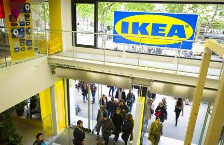IKEA devine primul retailer care oferă posibilitatea clienţilor să achite cu timp în loc de bani