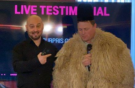 """VIDEO. Elsner, director comercial Telekom, dezvăluie cum au apărut reclamele surpriză cu Ghiţă Ciobanul, fostă """"vedetă"""" Vodafone: Discut săptămânal cu publicitarii de la Leo Burnett la o sticlă de Moutai, aşa ne apar ideile"""