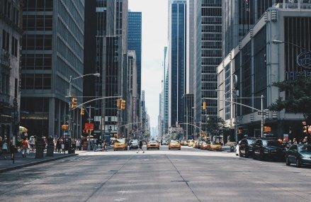 Primarul New York City: Cel puțin o jumătate de milion de persoane din oraș își vor pierde slujbele din cauza pandemiei de coronavirus