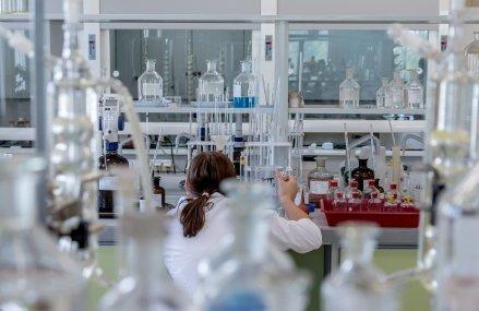 Sindicaliștii din Sănătate se opun ca personalul infectat cu coronavirus să trateze pacienți: Constituie o încălcare asumată a drepturilor pacienților