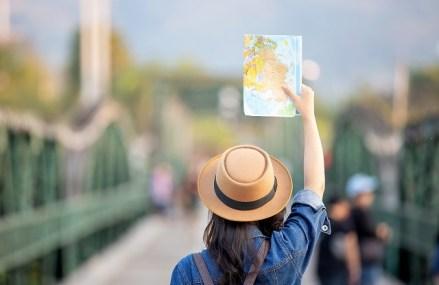 Cum se vede pandemia în vacanţele românilor în afară? Banii cheltuiţi de români pe călătoriile în străinătate au scăzut cu 70% în aprilie-iunie