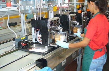 Fabrica de electrocasnice de la Orăştie a olandezilor de la Philips continuă să funcţioneze, dar la ralanti