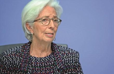Lagarde: Acţiunile BCE şi-au dovedit eficienţa, dar redresarea economiei europene va fi nesigură şi fragmentată