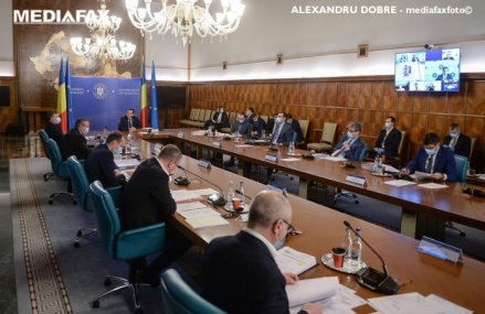 Guvernul liberal a prezentat un un plan de relansare economică de 100 mld. euro, pe zece ani