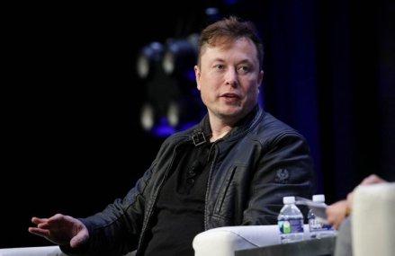 Cursa miliardarilor: După ce a reuşit să treacă de Warren Buffet, unul dintre cei mai de succes investitori ai tuturor timpurilor, Elon Musk a fost depăşit de Makesh Ambani, cel mai bogat om din Asia