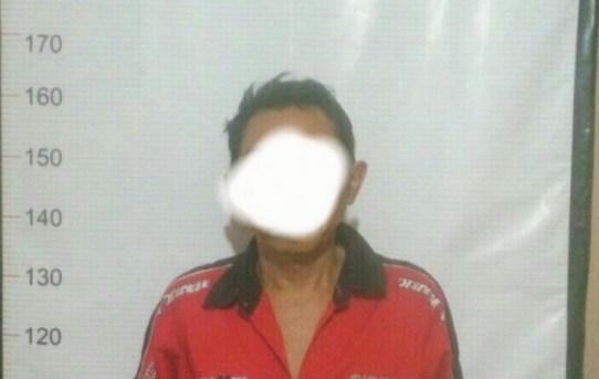 Polsek Banjarmasin Utara Amankan Pria Paruh Baya Yang Sedang Asyik Menjual Obat Zenith Tanpa Izin