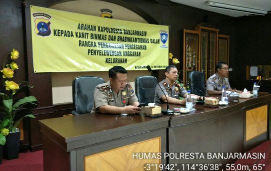 Kapolresta Banjarmasin Berikan Arahan Dihadapan Jajaran Bhabinkamtibmas Tentang Pengawasan Dan Pencegahan Penyelewengan Anggaran Dana Desa