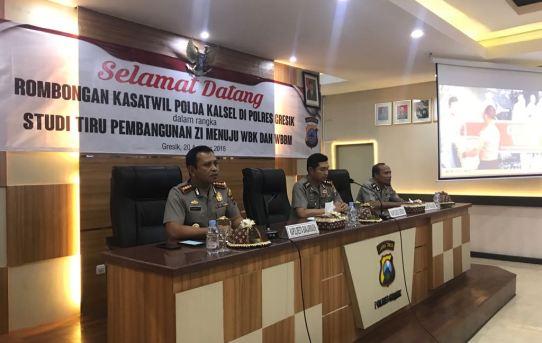 Tingkatkan Pelayanan Publik, Kapolresta Banjarmasin Kunjungi Polres Gresik