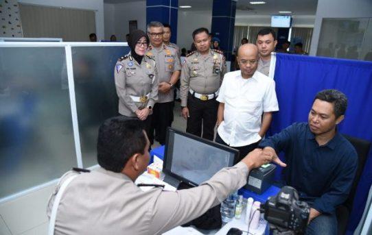 Kasat lantas Dampingi Wakapolda Kalsel terima kunjungan kerja dari Komisi III DPR RI perihal Pelayanan SIM Polresta Banjarmasin