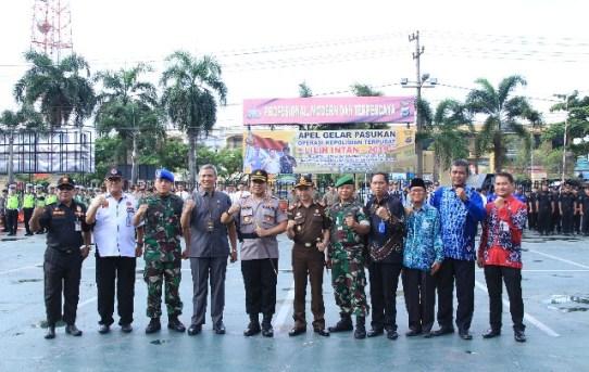Kapolresta Banjarmasin Pimpin Apel Gelar Pasukan Ops Lilin Intan 2019