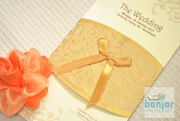 Undangan Pernikahan Ekslusif Ornament Clasic 8 Ivory Ub Eoc08i