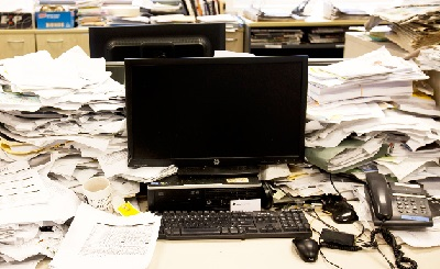 Website-Errors-that-will-Erode-your-Brand-cluttered