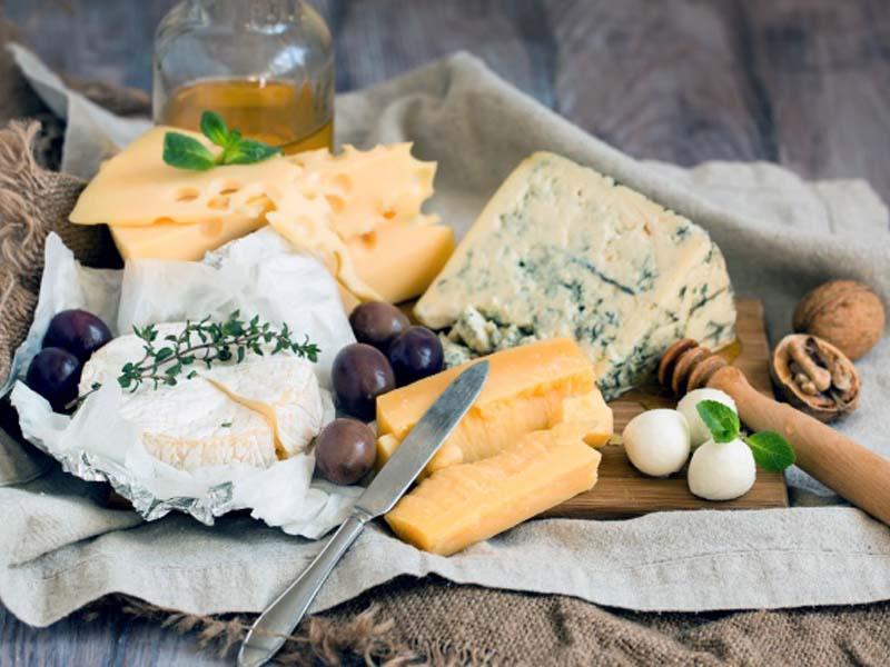 غذاهای موثر در تشدید جوش و آکنه - شادابی و سلامتی