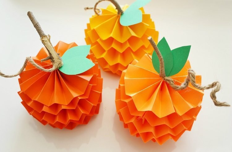 Mandarins from paper