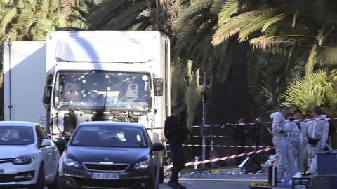 Attentat en France: plus de 73 morts!