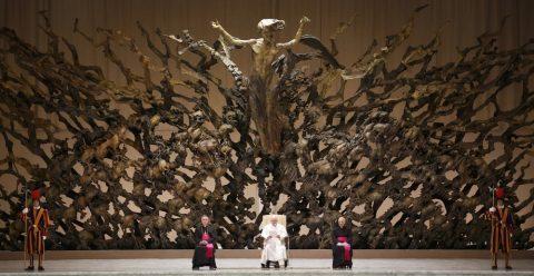 Les symboles maçonniques au Vatican (musée du démon)