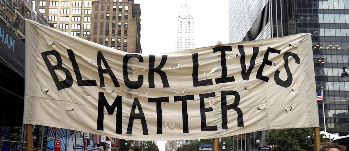 Racisme anti-noir contre les noirs du monde