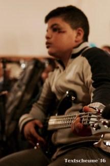 Mohammed (15) spielt gerne Fußball in den Pausen an seiner neuen Schule in Barsinghausen