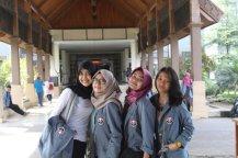Girls in Pendopo.