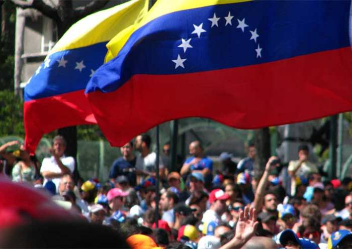 Venezuela fará eleição para novo Parlamento em 6 de dezembro