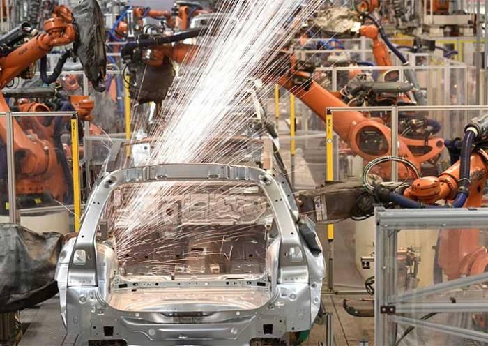 Atividade econômica tem crescimento de 0,6% em maio