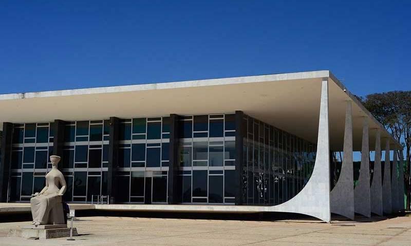 Marco Aurélio envia a plenário recurso sobre depoimento de Bolsonaro