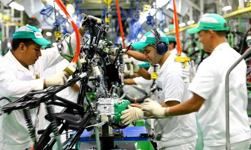 Confiança da indústria atinge maior nível em nove anos