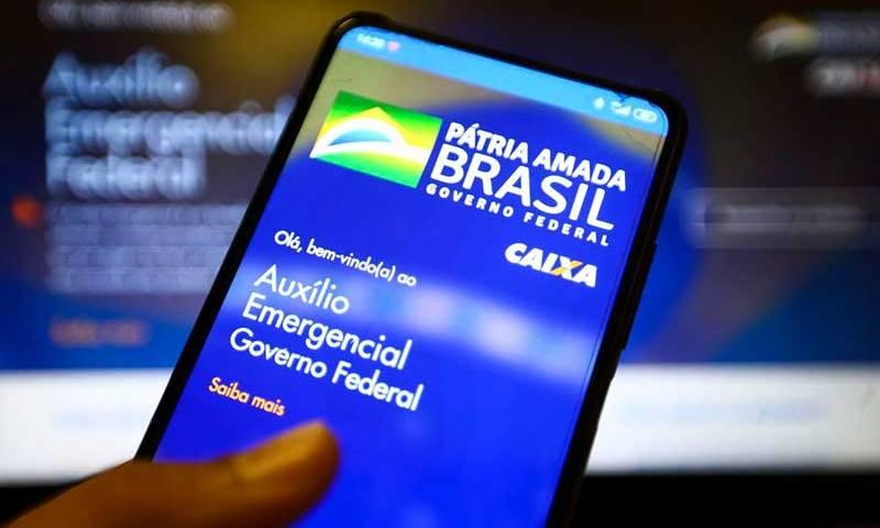 Caixa paga 2ª parcela de R$ 300 da extensão do auxílio emergencial