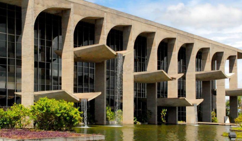 Justiça libera R$ 160 milhões para área de segurança de seis estados