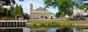 Baptistenkerk-Stadkanaal-groene-letters-god-roept-ook-u