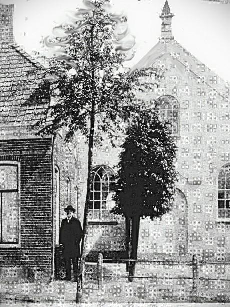 De eerste kerk zonder toren