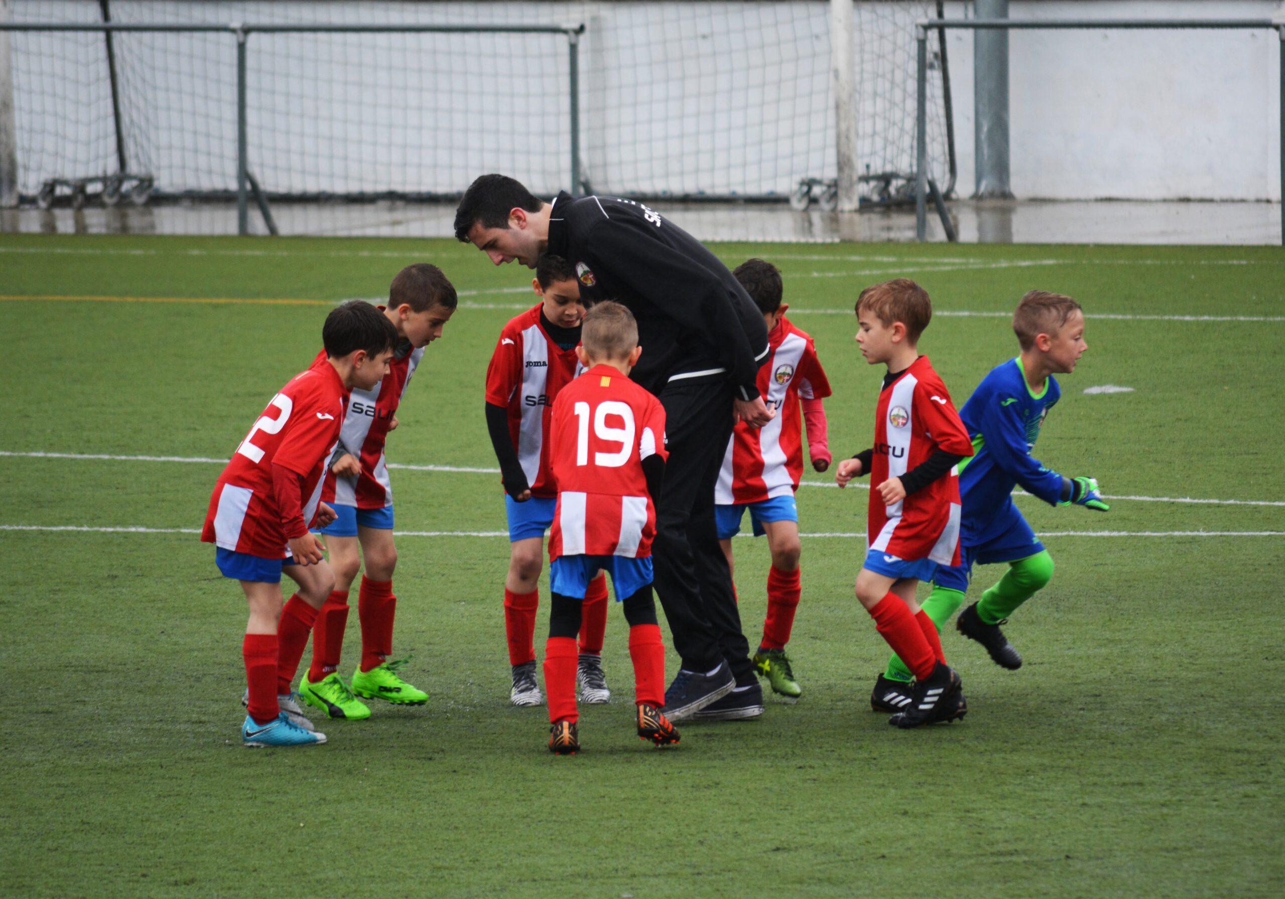 スペインサッカーが好きなら知っておくべき基礎知識!【育成年代カテゴリ表】