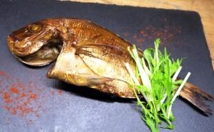 季節を感じるおすすめ鮮魚の燻製 ~鮎と姫鯛~