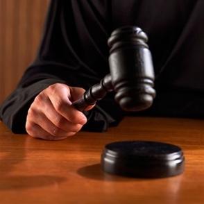 Jueza rachaza declinatoria expediente