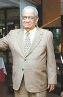 Fallece narrador deportivo Papi Pimentel
