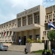 Ratifican coerción alcalde acusan violación