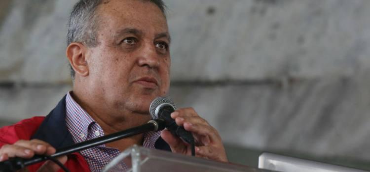 Garantizan abasto gasolina en Venezuela