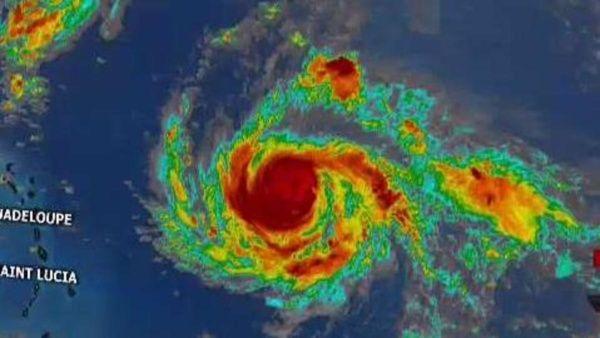 Irma sigue como poderosa tormenta