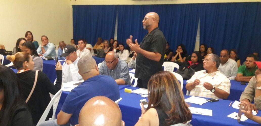 Ofrecen taller para comunicadores