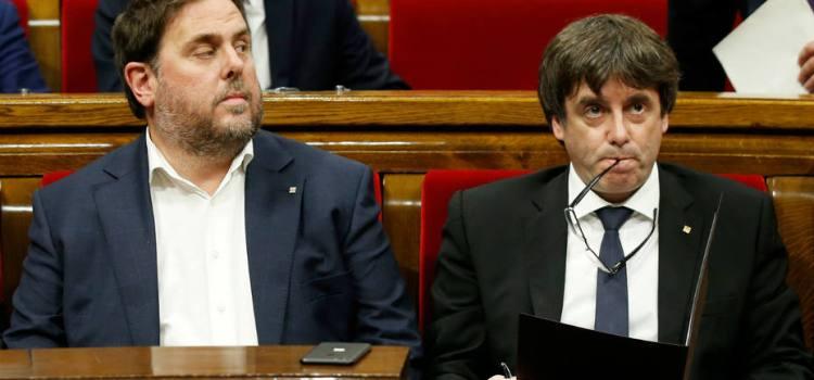 Declaran independencia Cataluña pero sin efectos