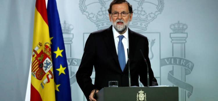 Destituyen Gobierno catalán; parlamento disuelto