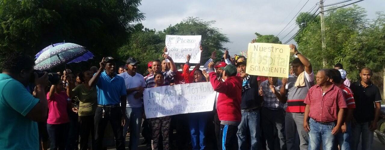 Protestan por asentamiento damnificados