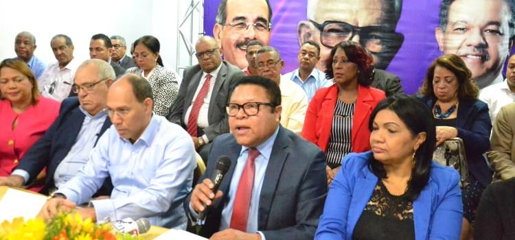 Monchy presenta memoria PLD en Santiago