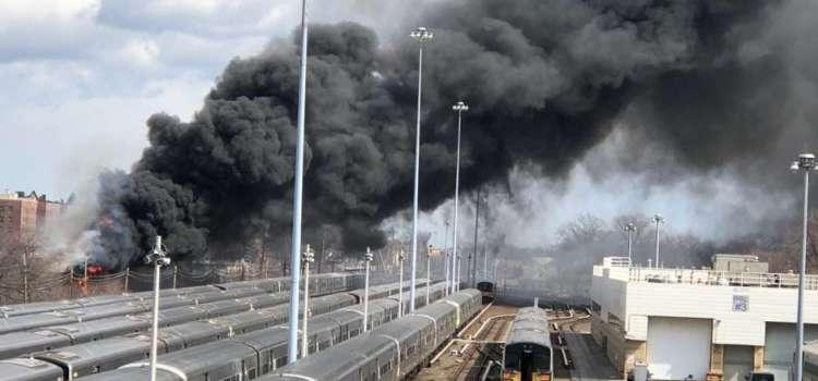 Fuego obliga suspensión servicio trenes