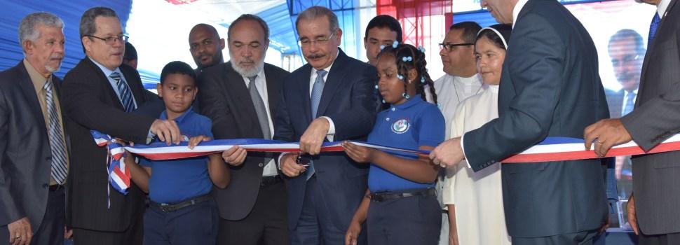 Otra escuela para Santo Domingo Norte