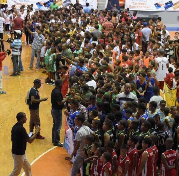 Abasaca inicia torneo minibasket
